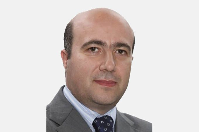 Biancavilla si dimesso il presidente del consiglio for Motta arredi ragalna