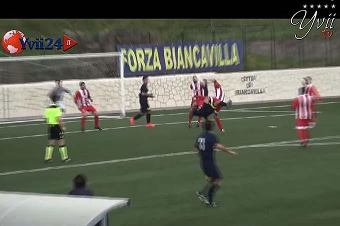 Il gol di Randis che ha dato la vittoria e la promozione al Biancavilla
