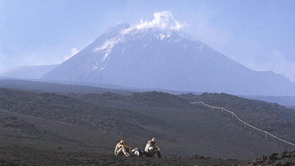 Etna. Stamattina attività stromboliana ai crateri sommitali
