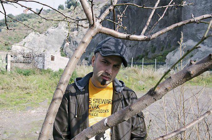 """Dino Pappalardo, in arte """"Picciotto"""", autore di """"Sotto casa mia"""", video di denuncia sociale sull'amianto a Biancavilla"""