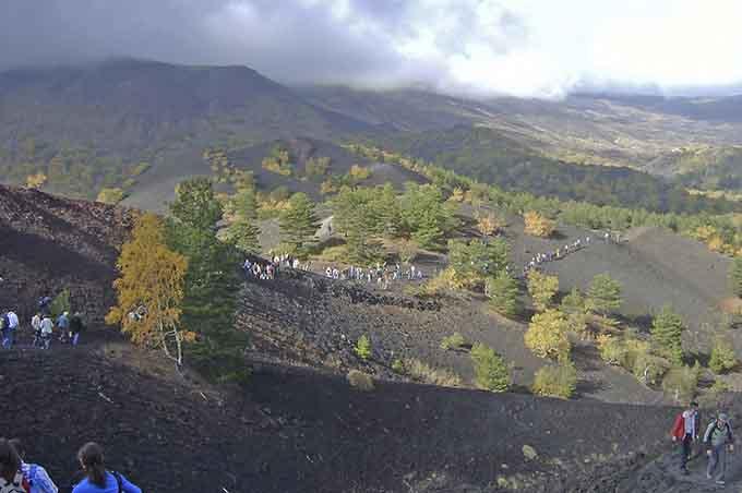 Parco dell'Etna, ieri Consiglio: il vulcano supera tutti gli esami e resta ben saldo nell'Unesco
