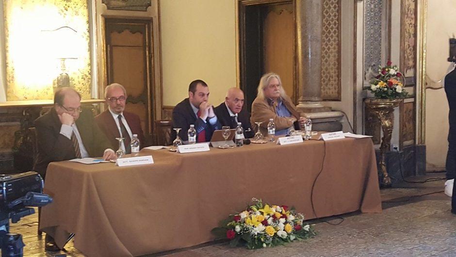 """Presentata """"Antologia di poeti licodiesi"""" al Palazzo Biscari"""