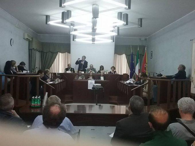 Biancavilla, l'Assessore Marziano annuncia due finanziamenti scolastici