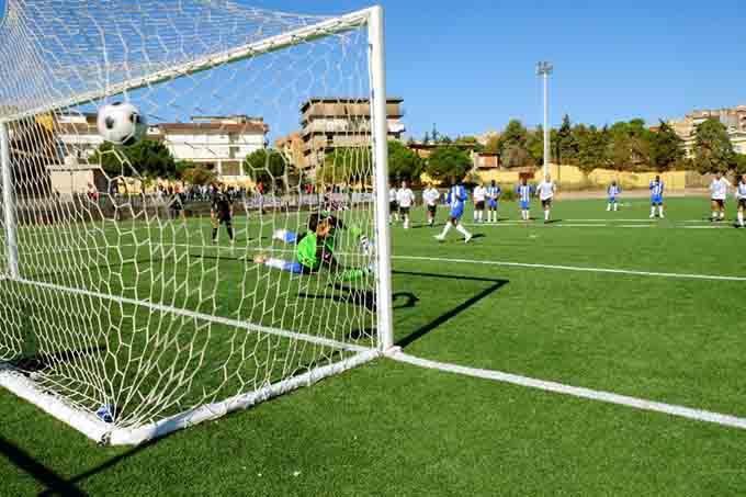 """Biancavilla, allo stadio """"Orazio Raiti"""" una tribuna coperta con 500 posti"""