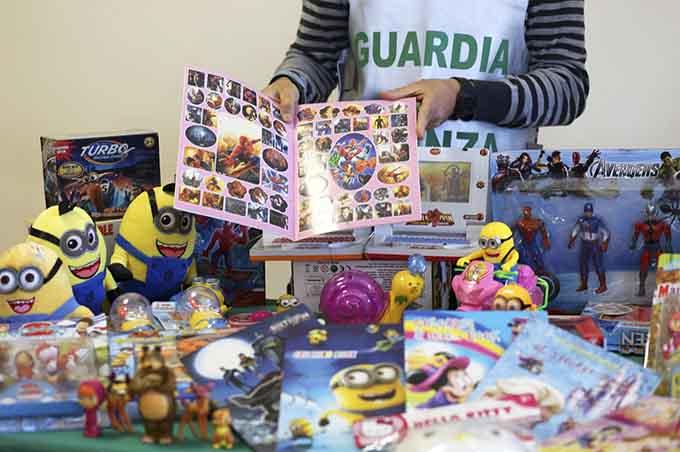 Misterbianco: Guardia di Finanza sequestra più di due milioni di prodotti contraffatti e pericolosi