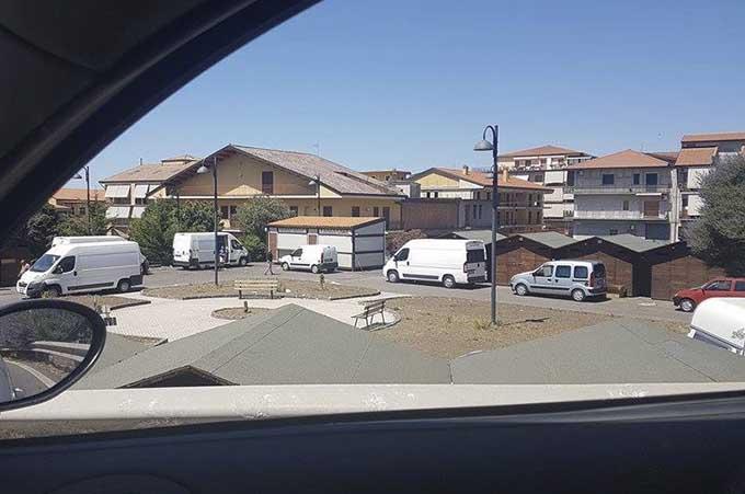 Biancavilla, nuovo accampamento nell'area Gal di piazza Don Bosco