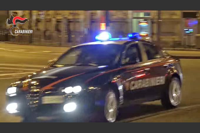 Misterbianco, scappa all'alt dei Carabinieri e investe un pedone. Arrestato 49enne