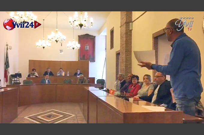 Santa Maria di Licodia, è bagarre per la soppressione delle Commissioni Consiliari