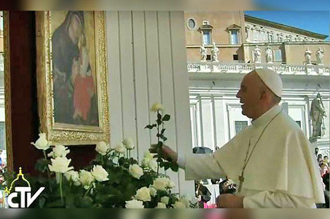 La Madonna dell'Elemosina di Biancavilla venerata da Papa Francesco