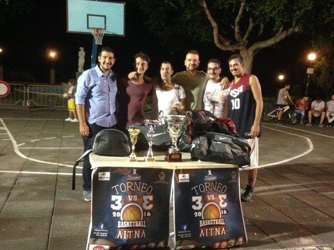 """Santa Maria di Licodia, ieri la finale del Torneo """"Aitna Basketball"""" 3 contro 3"""