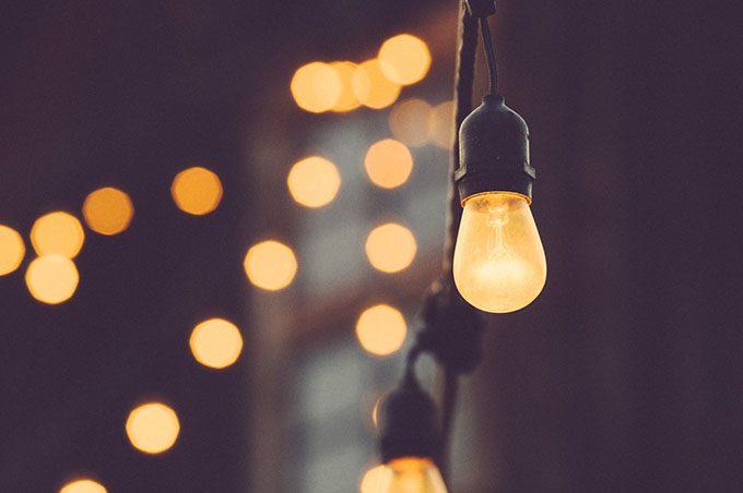 Sicilia, luce e gas in aumento: la Federconsumatori presenta denuncia all'Antitrust