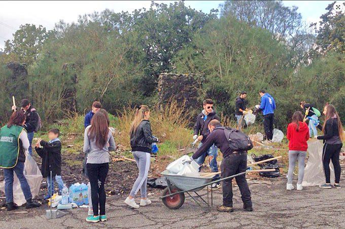 """Etna, sabato prossimo """"Meglio Parco che sporco"""" bonifica del territorio dalle discariche"""