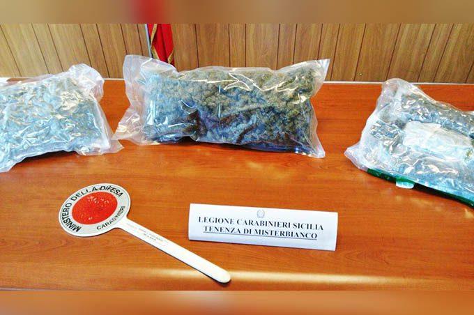 """Misterbianco: 2 chili di """"erba fra i panni sporchi. Arrestato 37enne"""