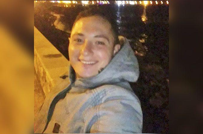 Incidente nella notte sulla statale 121: morto il 24enne paternese Alessandro Fazio