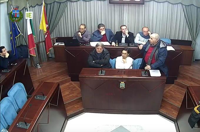 Biancavilla, Alfio Magra si autocandida presidente del Consiglio comunale