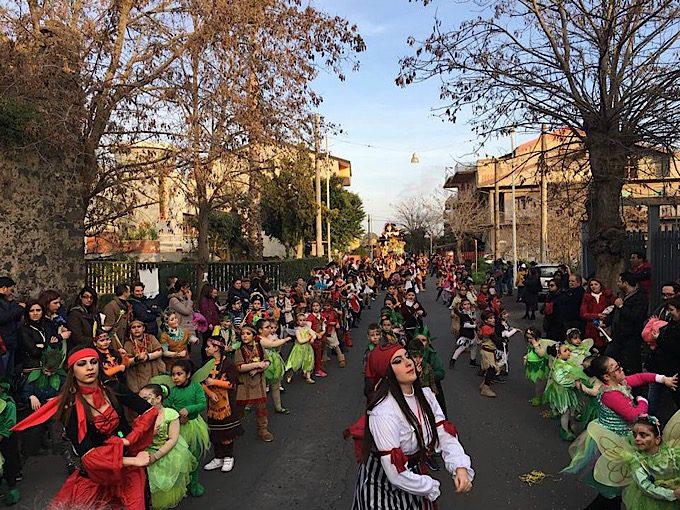 Santa Maria di Licodia, grande successo per il Carnevale 2017