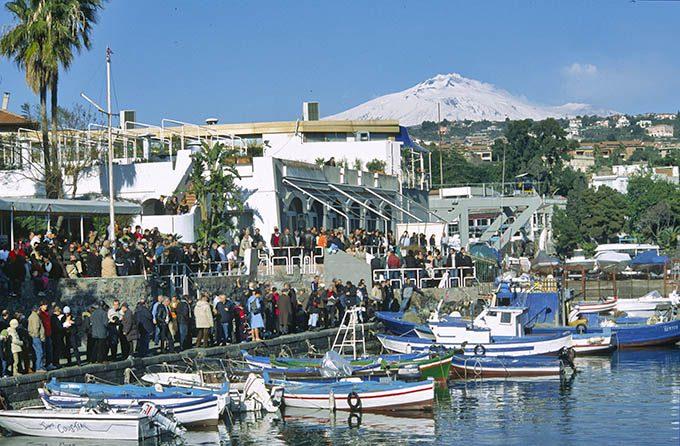 Catania, pescherecci al porticciolo di Ognina - © pietronicosia.it