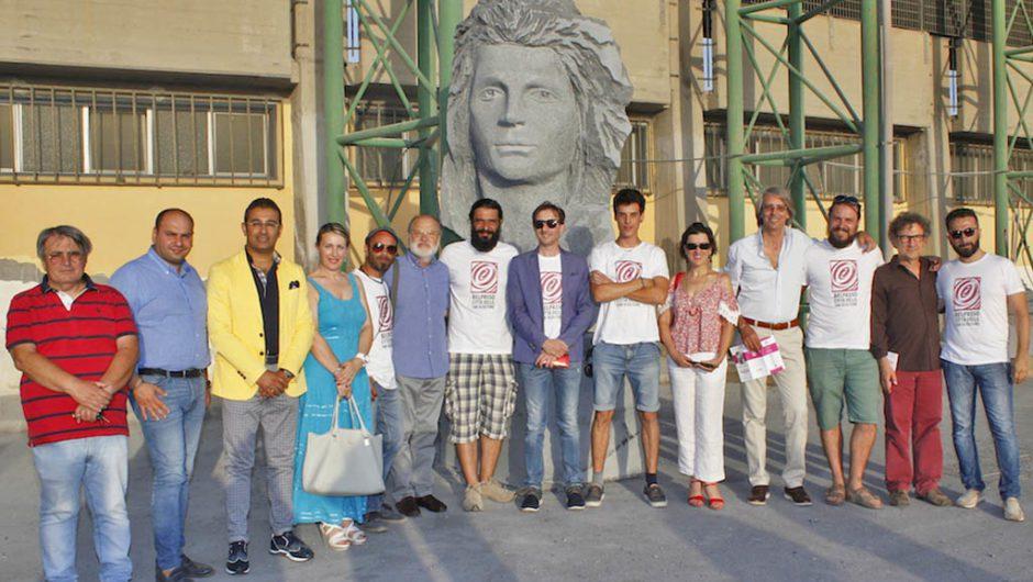"""Belpasso, consegnate cinque nuove opere di pietra lavica per la """"Città delle cento sculture"""""""