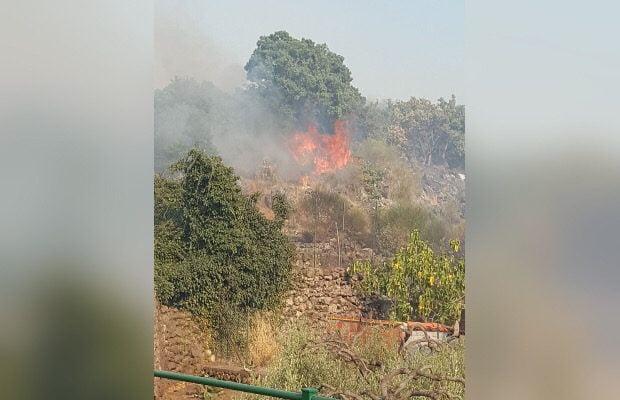 Adrano, ieri incendio in Contrada Dagala Timpone