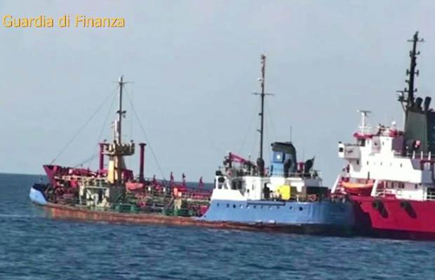 Gasolio libico riciclato in Sicilia: operazione delle fiamme gialle