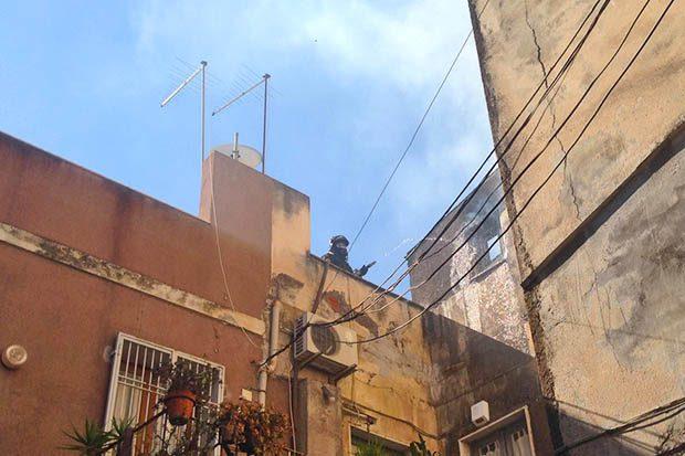 Patern mansarda in fiamme panico in centro storico for Arredi grimaldi misterbianco