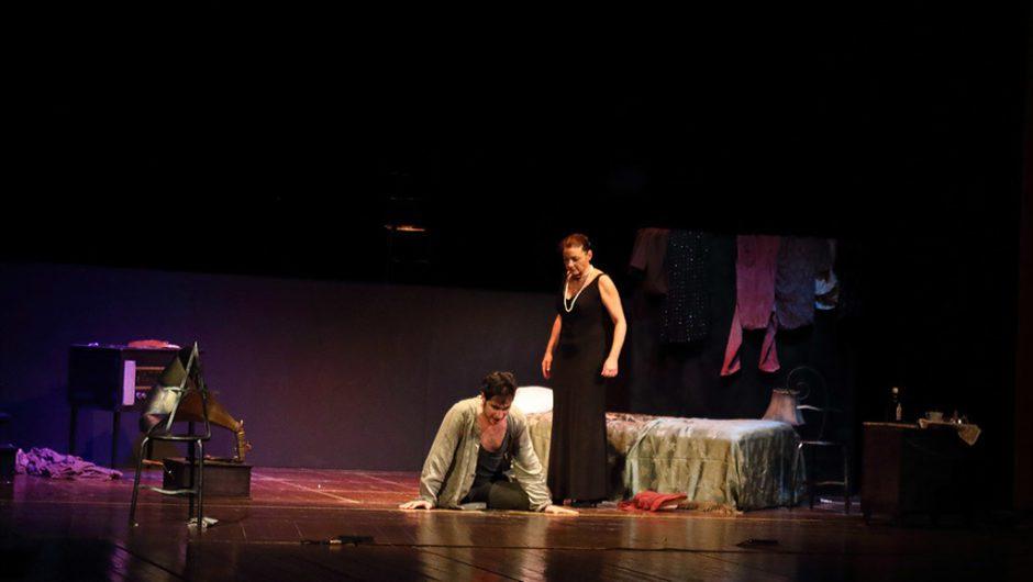 "Teatro. ""Phaedra"", mito contemporaneo"