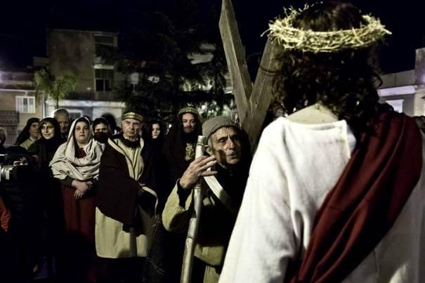 """Santa Maria di Licodia, questa sera la sacra rappresentazione """"In cammino verso la croce"""""""