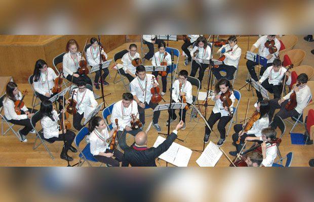 """L'Orchestra giovanile """"Falcone Borsellino"""" suonerà in Terra Santa"""