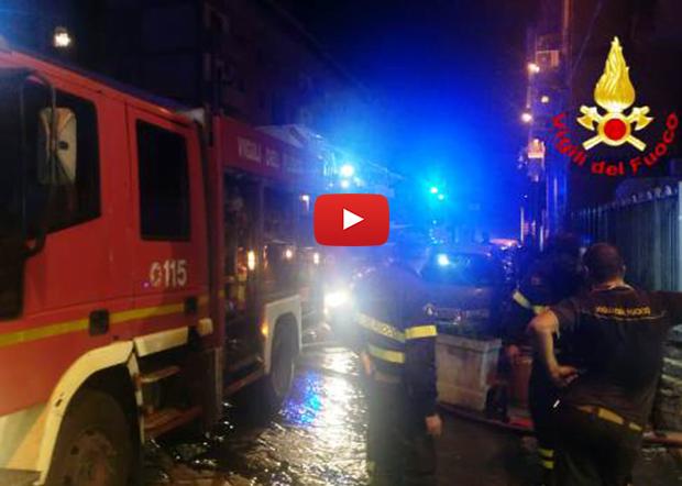 Catania. Incendio in un palazzo del centro storico