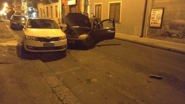 Santa Maria di Licodia. Incidente nella notte su via Vittorio Emanuele