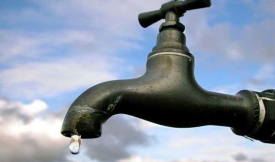 Paternò. Disservizi idrici, #diventeràbellissima: «Acquedotto non ha pagato fatture»