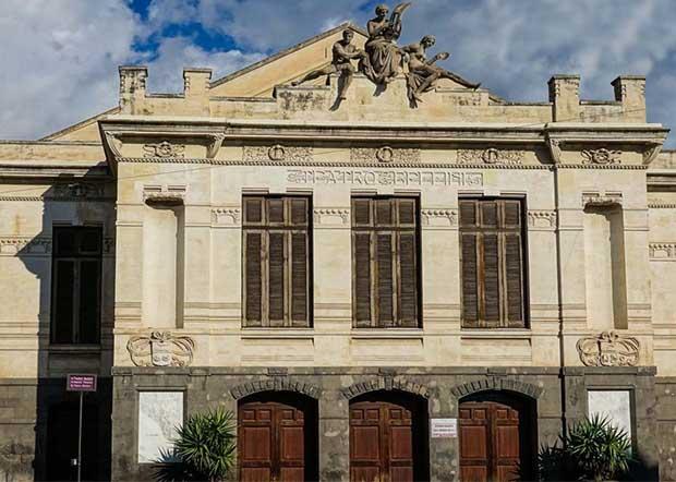 """Adrano. In arrivo 300 mila euro dalla regione per il teatro """"Bellini"""""""