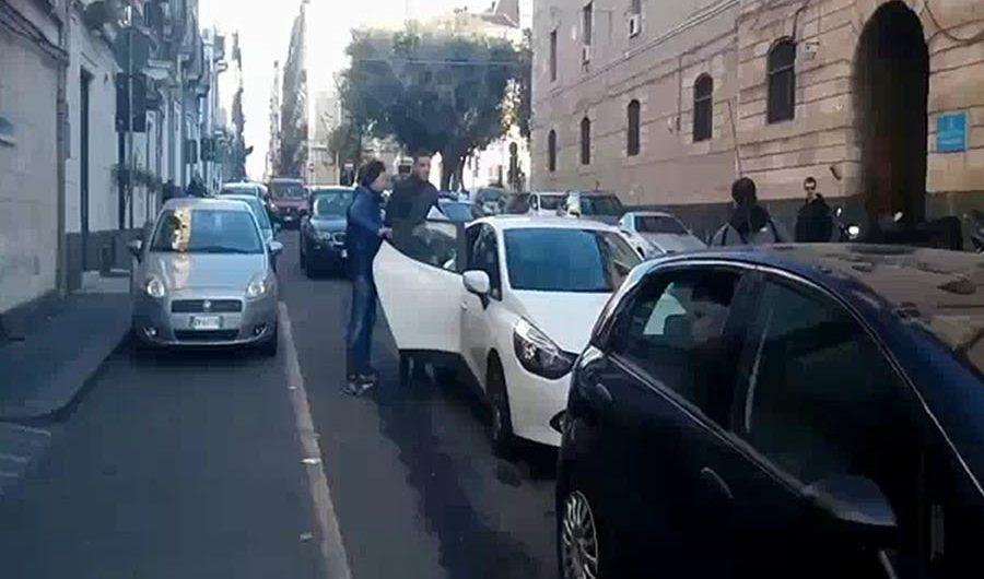 """""""Cavallo di ritorno"""" dopo colpo a tabaccaio: sei arresti"""
