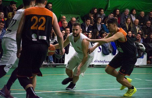 Sport. L'Adrano Basket ci mette il cuore ma non basta: vince Alcamo 75-79