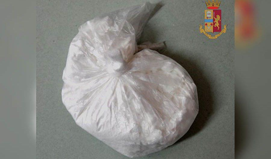 Adrano. Arrestato spacciatore: deteneva 50 grammi di cocaina del valore di cinquemila euro