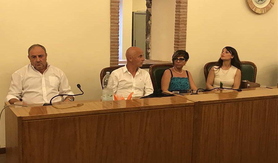 """Santa Maria di Licodia. L'opposizione presenta interpellanza su degrado """"Belvedere"""""""