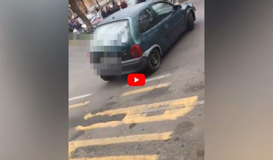 Adrano. Gimkana in piazza Sant'Agostino: nuovo VIDEO e si vede la targa