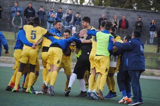Calcio. Domenica il Biancavilla di scena a Reggio Calabria