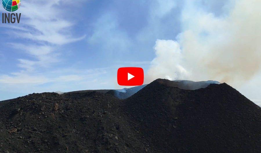 Etna. Attività stromboliana ai crateri sommitali
