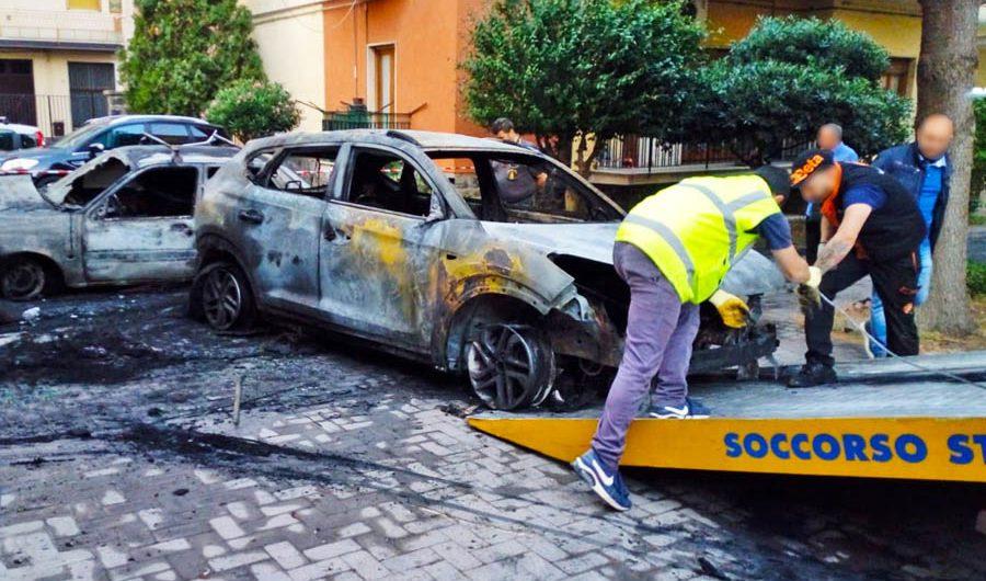 Adrano. Bruciata l'auto dell'ex sindaco e deputato Fabio Mancuso