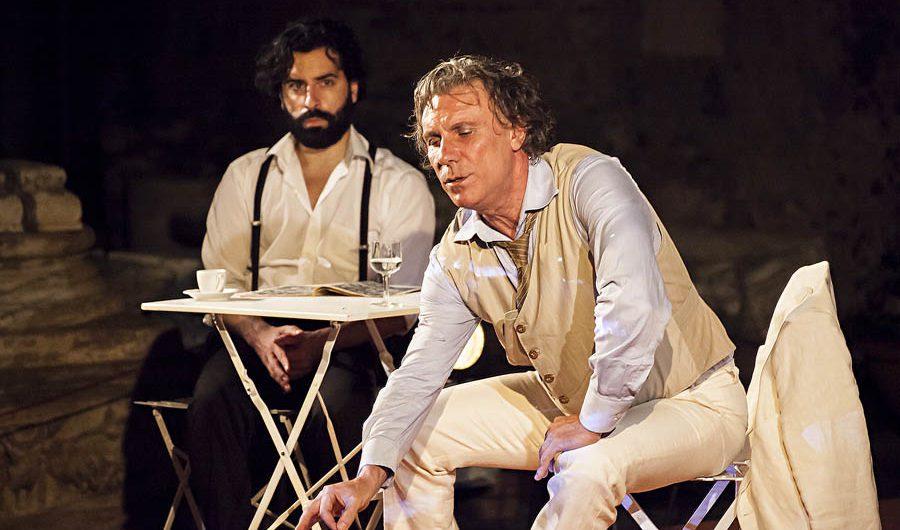 """Catania. """"L'uomo dal fiore in bocca"""" con uno straordinario Mario Opinato"""