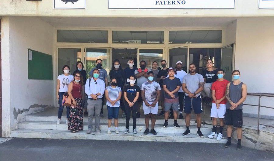 """Paternò. Concluso il progetto """"Insieme per la nostra scuola"""" alla """"GB Nicolosi"""", con protagonisti i volontari USA di Sigonella"""